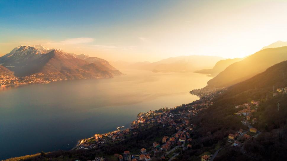 Luftbild Santa Maria-Rezzonico am Comer See