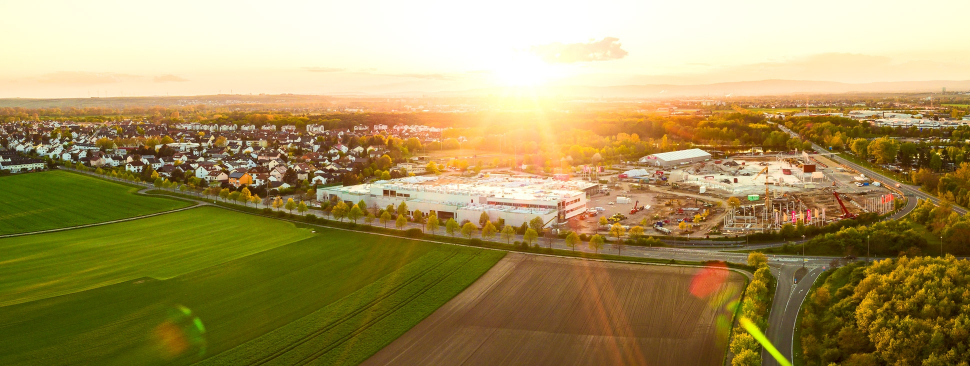 Luftbild Globus Neubau Rüssselsheim-Bauschheim