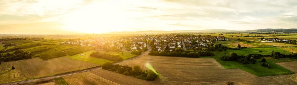 Luftbild Flörsheim-Wicker