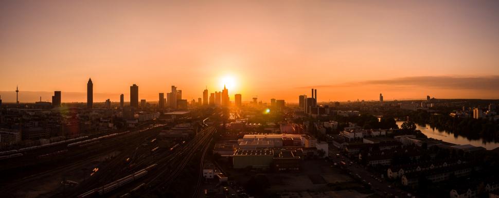 Luftbild Frankfurt am Main Sonnenaufgang