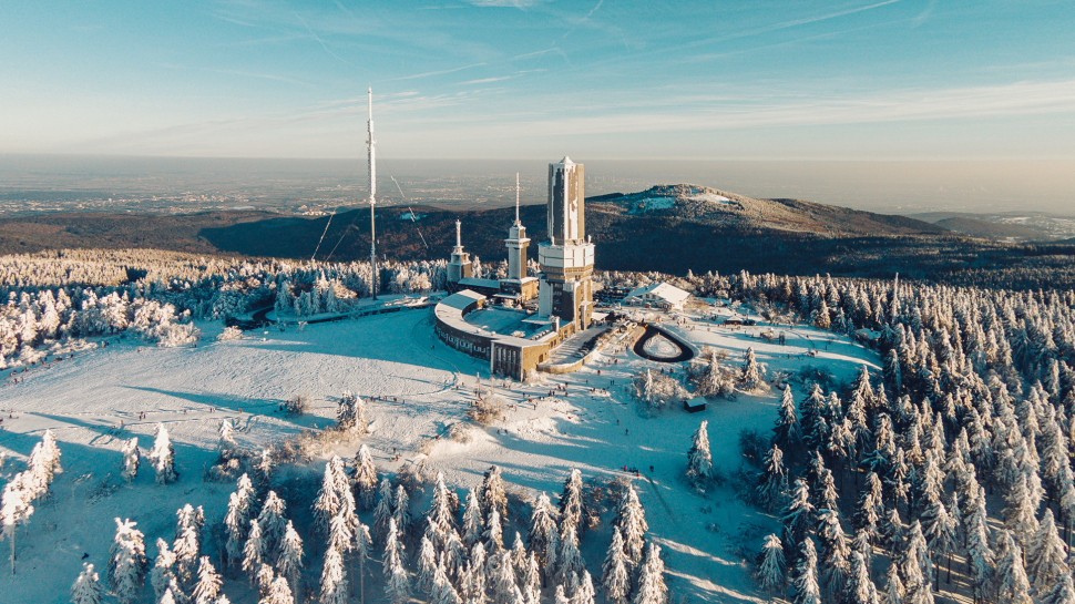 Luftbild Grosser Feldberg (Taunus) im Schnee
