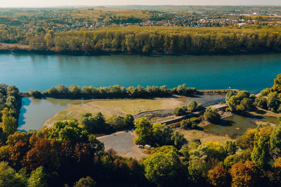 Luftbild Niedrigwasser am Ginsheimer Altrhein / Steindamm Trebur