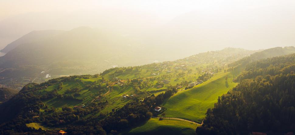 Luftbild Bossico am Iseosee