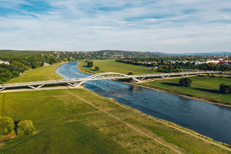 Luftbild Waldschlösschenbrücke Dresden